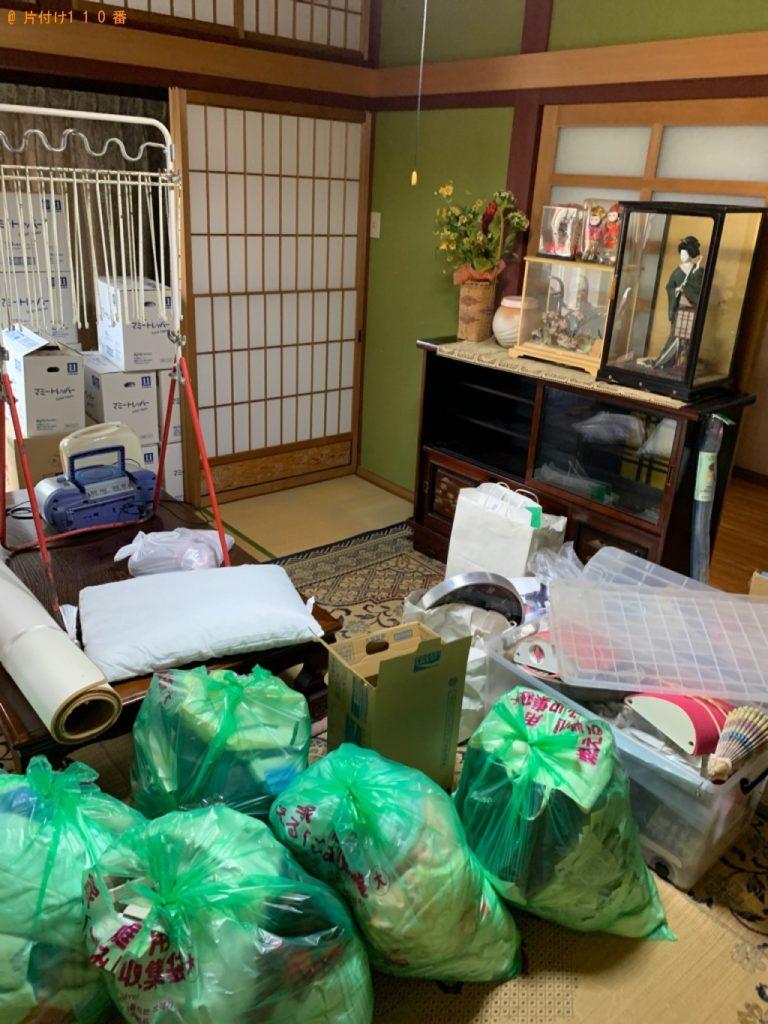 【岐阜市】遺品整理で人形、収納ケース、枕、ラジカセ、布団等の回収・処分