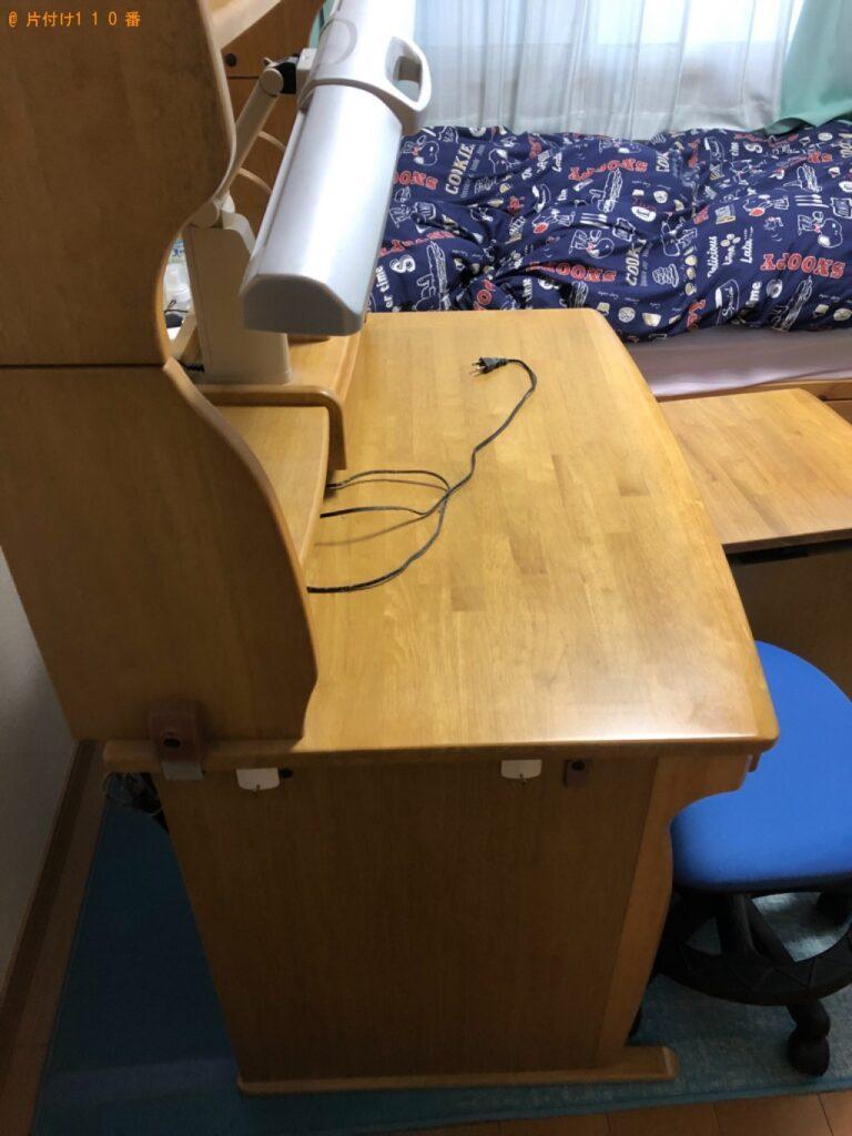 カラーボックス、椅子、学習机、一般ごみ等の回収・処分